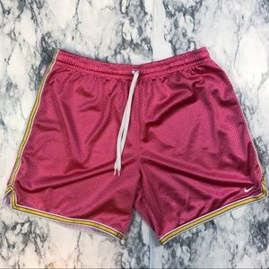 Nike Mesh Basketball Shorts Size Medium Pink